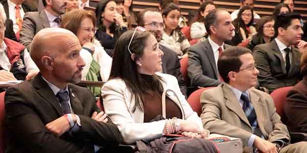 """Conferencia """"Hacia dónde va la Universidad y la Educación en Hispanoamérica""""."""