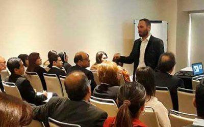"""""""Jornada de Formación para Directivos Educadores: Colegios innovadores, Docencia y Servicio"""""""